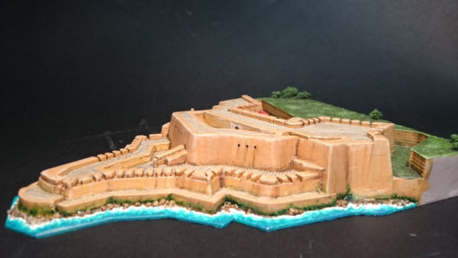 Maqueta pintada del castillo El Morro