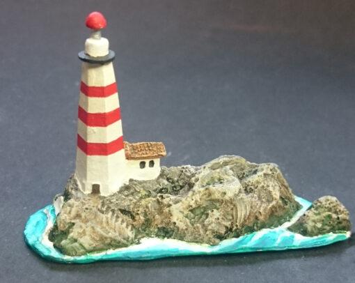 maqueta de isla con faro