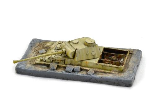 Figura de Panzer Panzertheum en Berlín pintada